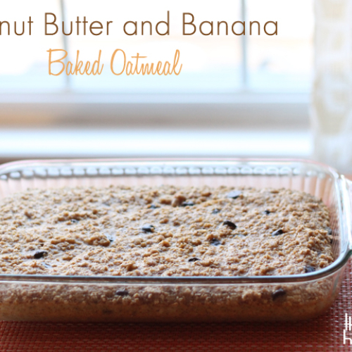 Delicious and healthy! Make this baked oatmeal ahead of time for a warm and comforting breakfast the whole family will love. Double and freeze an extra one for later, too. #freezermeal #realfood