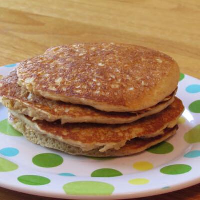 Homemade Whole Grain Pancake Mix {Freezer Meal}