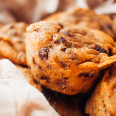 Healthy Pumpkin Chocolate Chip Muffins {Freezer Meal}