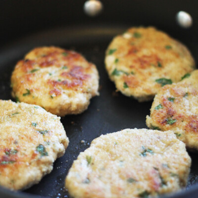 Mini Chicken Burgers with Herbs {Freezer Meal}
