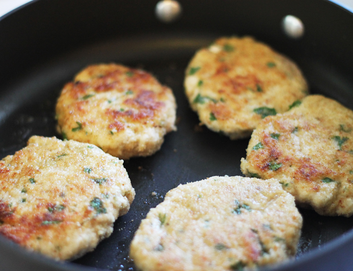 Mini Chicken Burger with Herbs - Kid-friendly, healthy and tasty!