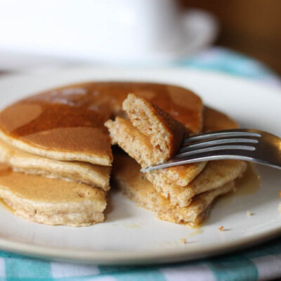 I LOVE this oatmeal pancake recipe. After this hearty, flavorful recipe for pancake mix, I will never go back to plain pancakes again. It's also packed with good ingredients that keep you fuller longer.