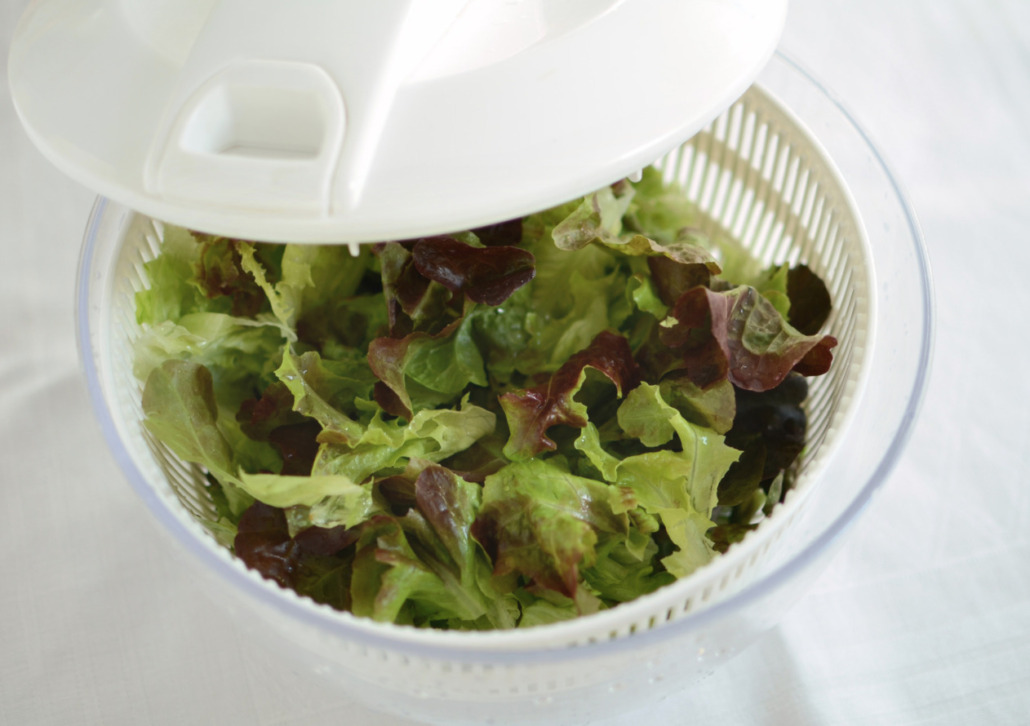 lettuce in salad spinner