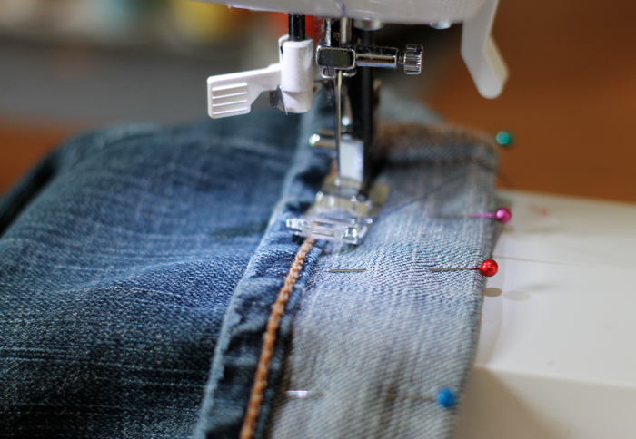 How To Hem Jeans And Keep The Original Hem Thriving Home Inspiration How To Hem Jeans With Sewing Machine