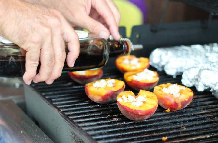 Grilled peaches recipe. An explosion of flavor! Perfect for a summer cookout.