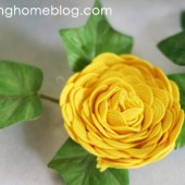 How to Make Rick Rack Fabric Flowers