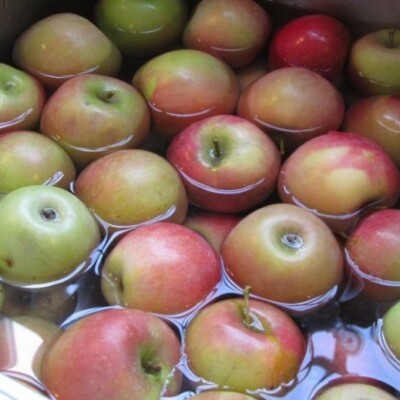 How to Clean Produce Naturally and Save Money
