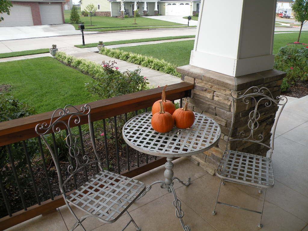 Home Updates That Pay Off: Front Porch Makeover