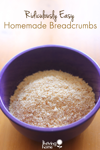 How to make homemade breadcrumbs. You will be surprised at how simple and easy this is! Homemade breadcrumbs are SO much healthier than the store bought ones. Give them a try!