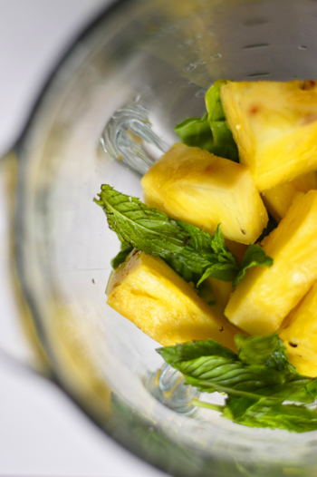pineapple-mint-smoothie-fixins-ATBD