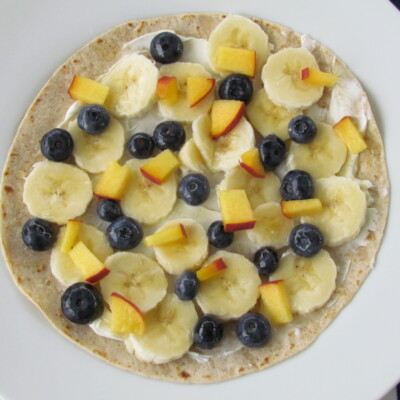 Fruit Pizza Roll-Ups: An Easy Breakfast or Lunch for Kids