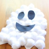 Halloween Craft: Puffy Ghosts