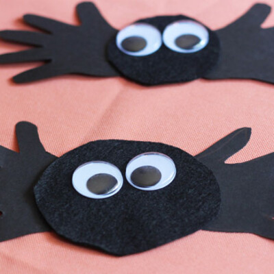 Halloween Spider Handprint Craft