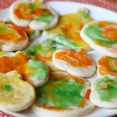 Celebrate Fall with Decorating Pumpkin Cookies!
