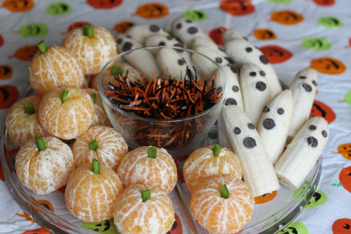 healthy halloween party treats clementine pumpkins and ghost bananas kids will eat these up