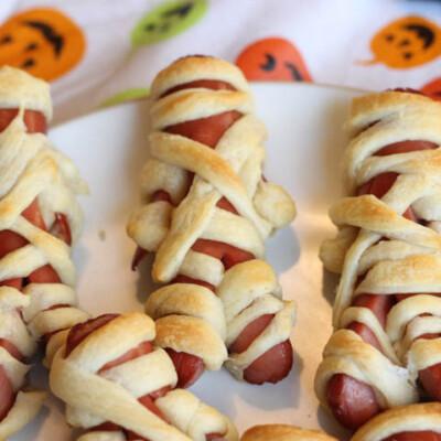 Mummy Dogs--A Fun Halloween Treat