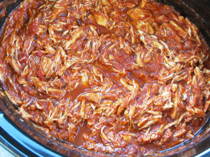 Just put a few ingredients (like chicken and marinara ) in to the crockpot and you'll have one of your favorite meals for a busy night!