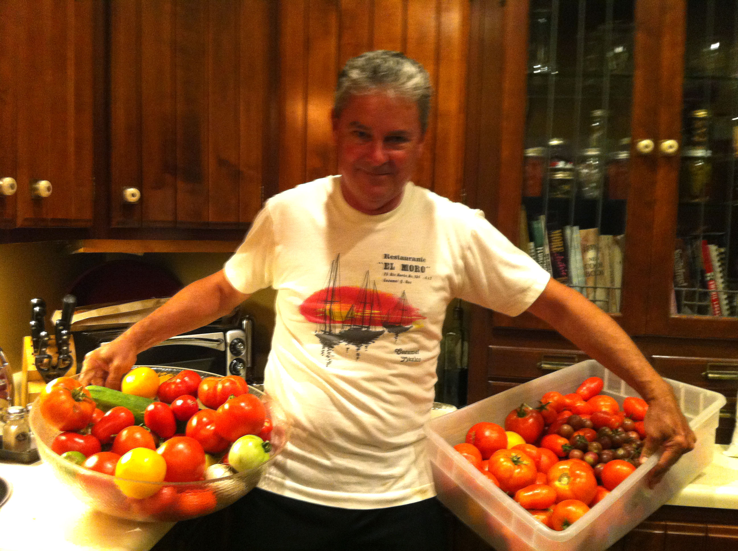 dad with tomatoes