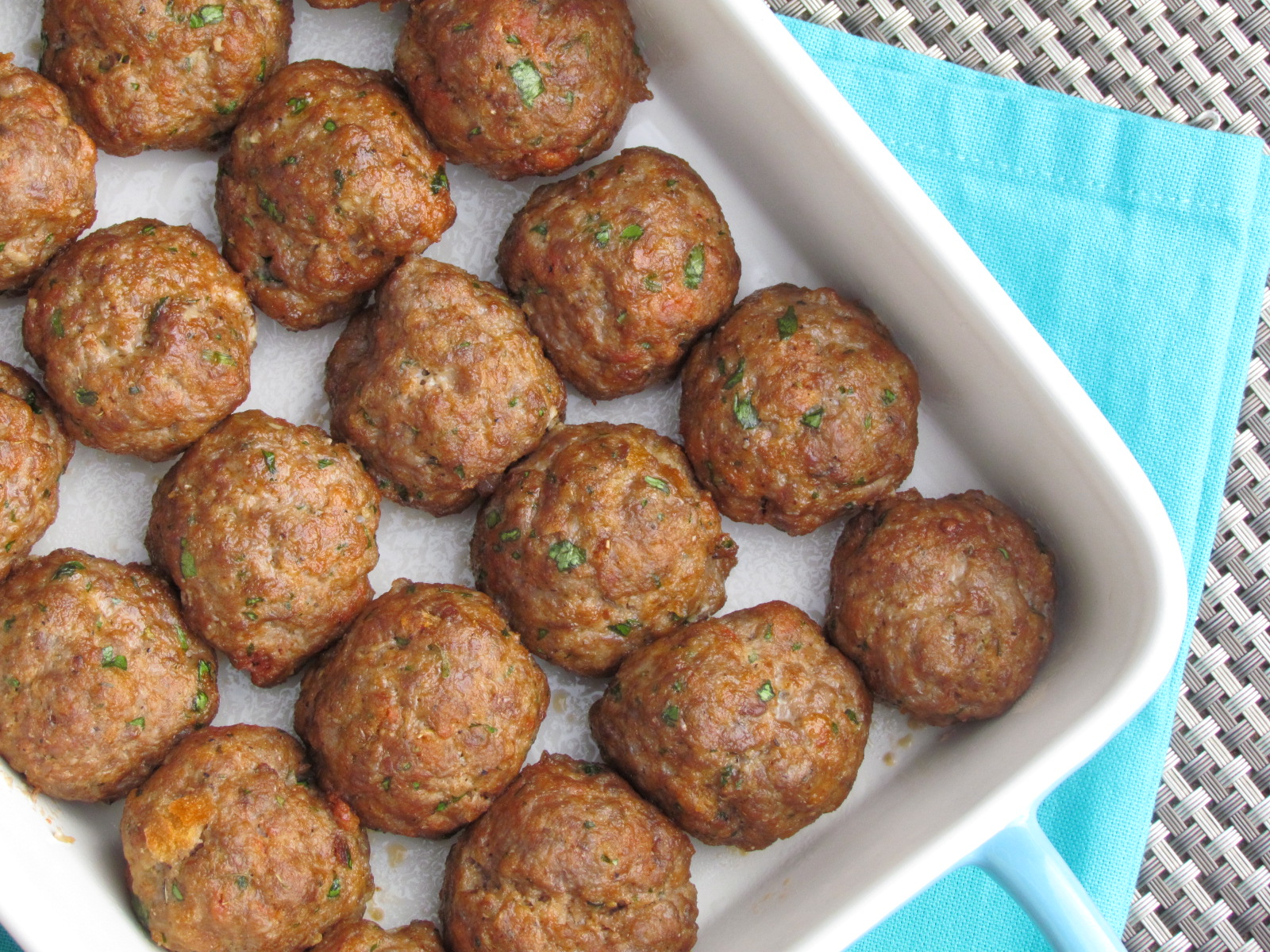 Baked Italian Meatballs are a 20 minute meal staple in our house! Perfect every time. #freezermeal #realfood