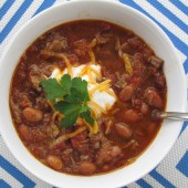 Slow Cooker Steak Chili is a super easy dump and go meal but is full of Tex-mex flavor! Delish! #freezermeal #realfood