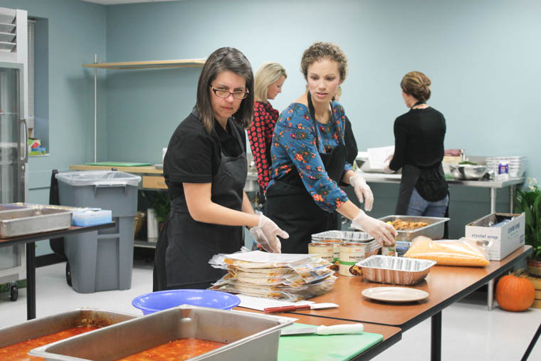 70 meals in 90 minutes! These freezer meal classes that HyVee offers are the BOMB! Save time and money by trying out one of these classes with your friends.