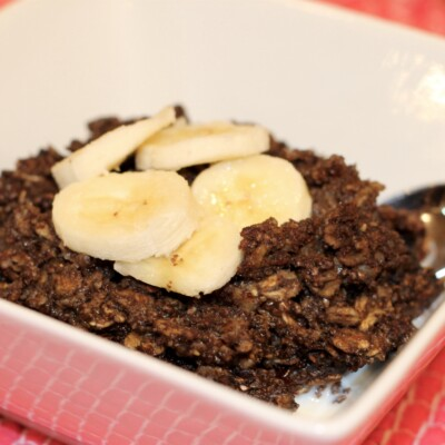 Dark Chocolate Banana Baked Oatmeal (with Sneaky Spinach) {Freezer Meal}