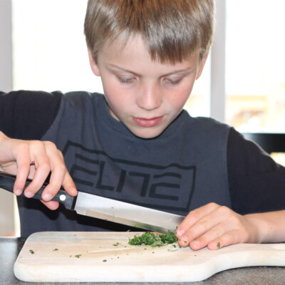 5 Creative Ways to Get Your Kids in the Kitchen This Summer (and Why It's So Beneficial for You and ...