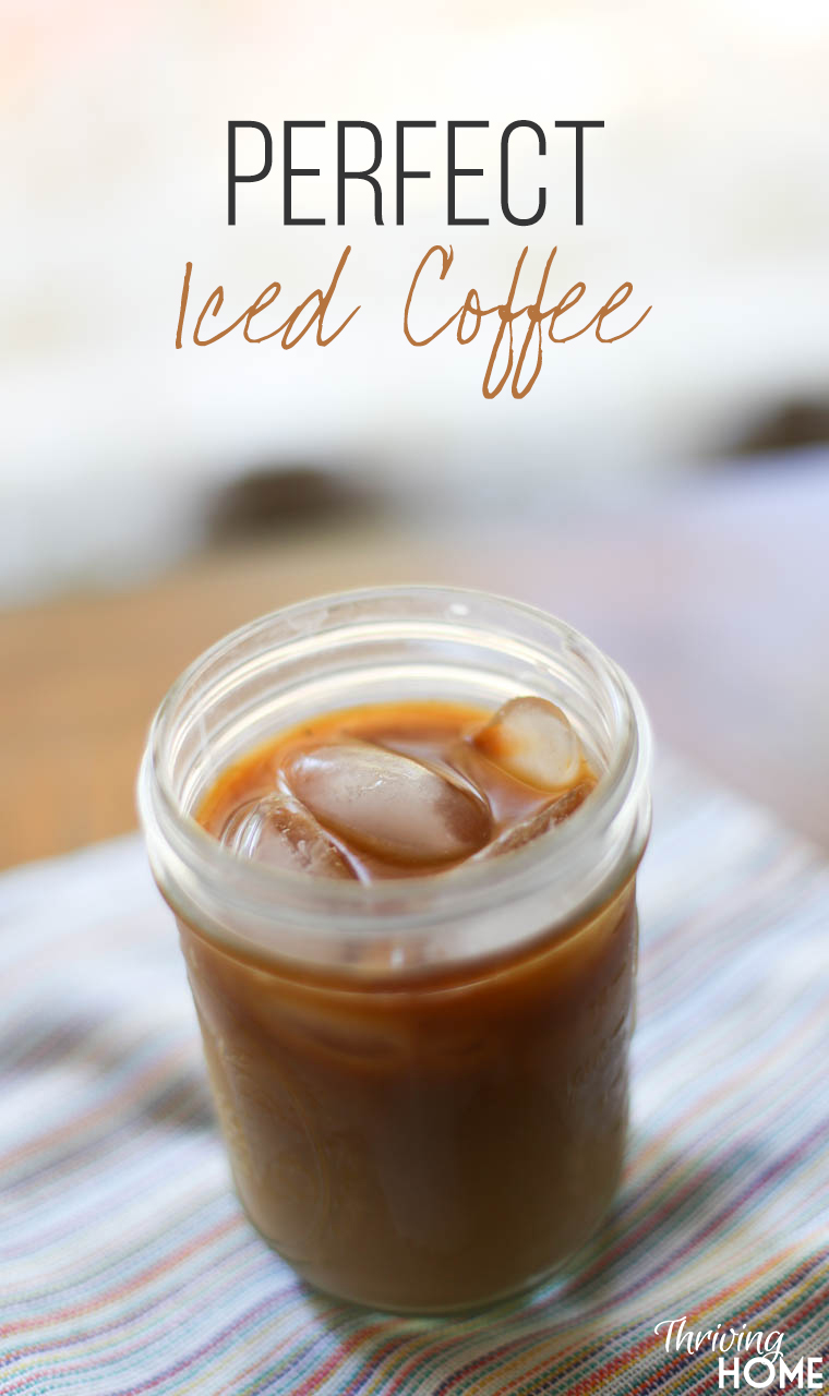 How to make iced coffee at home. A super simple and affordable way to perk up from that afternoon slump! | Thriving Home
