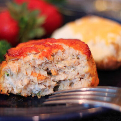 Mini Turkey and Veggie Meatloaves {Freezer Meal}