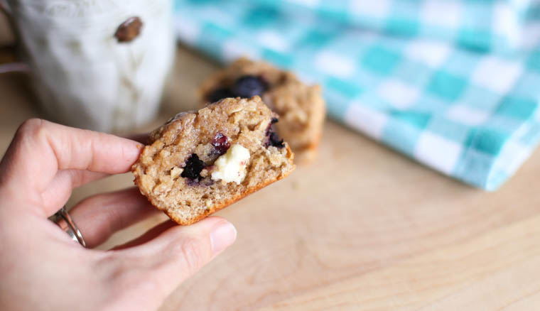 A healthy, real food, freezer friendly, blueberry recipe that my whole family enjoyed. With an A+ list of ingredients, this healthy breakfast makes my body happy and my taste buds happy too. Enjoy!