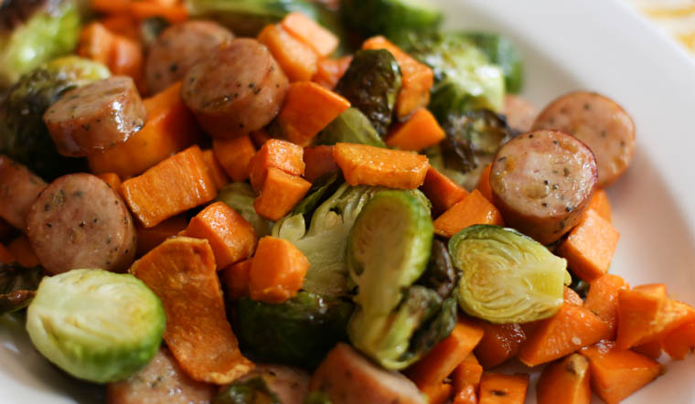 Super easy and healthy lunch (or dinner) idea: Roasted Brussels Sprouts, Brats, and Sweet Potatoes.