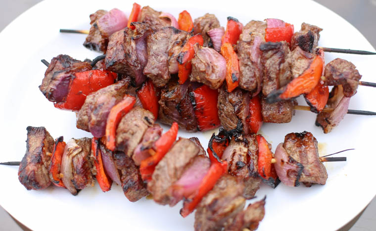 gluten-free dinner idea: grilled sirloin steak kabobs on a plate