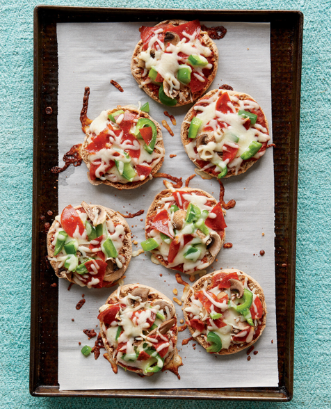 Freezer meal for 1 or 2 people: Mini English Muffin Pizzas