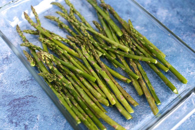 Prepping roasted asparagus