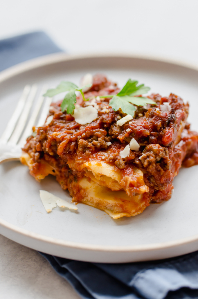 Inexpensive meal for groups of people: Fake out lasagna
