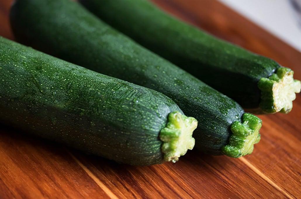 3 zucchinis